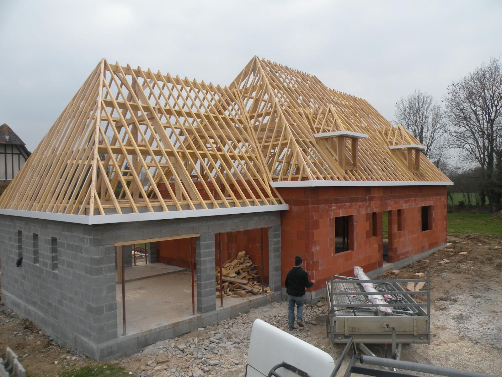 Constructeur De Maison Chartres entreprise de charpente situé à chartres 28000